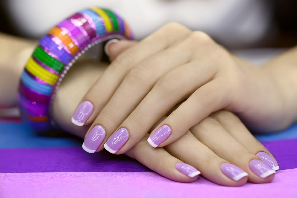 Gel nail coating at home