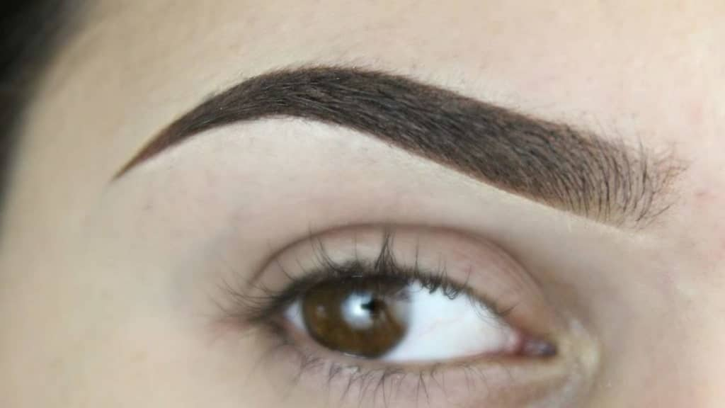 Hair strokes permanent makeup